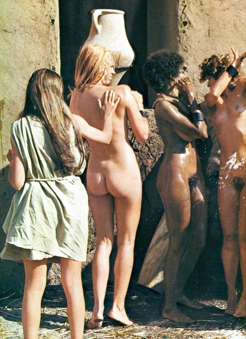 tumblr-auction-naked