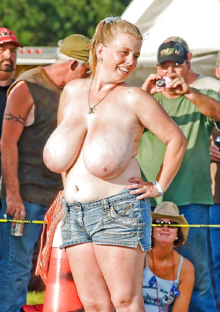 redneck-boobs
