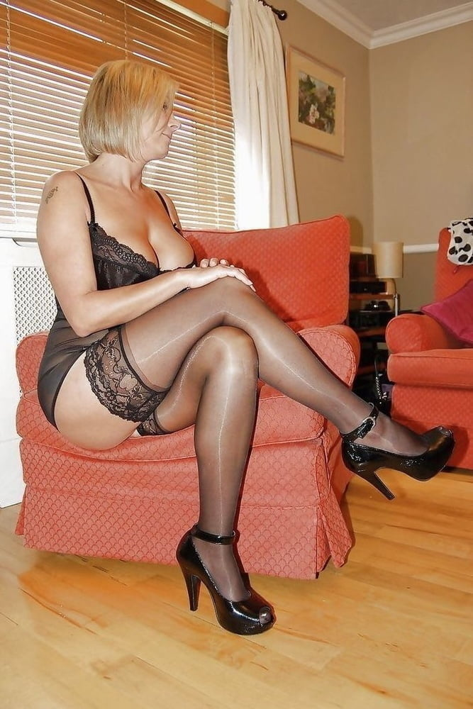 Mature Stocking Tease Galery And Pet Head Office