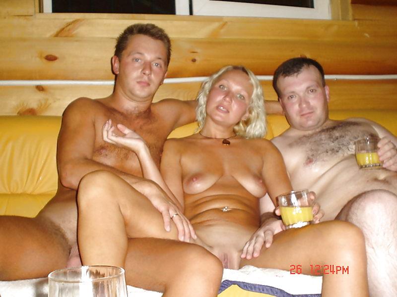 Свингеры в бане и на отдыхе видео 15