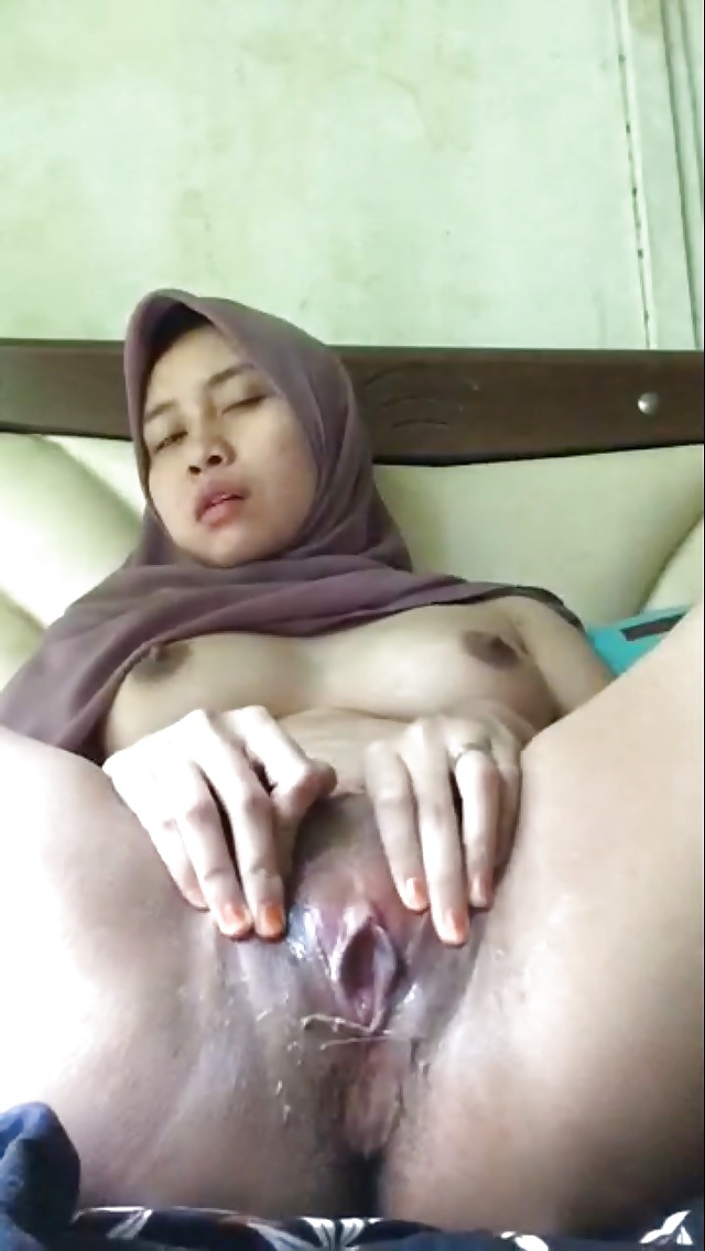 malay-sex-girl-shower-milf-anna-fuck