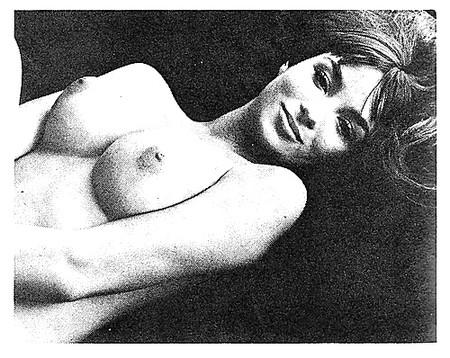 Nackt Lois Mitchell  Lois D.