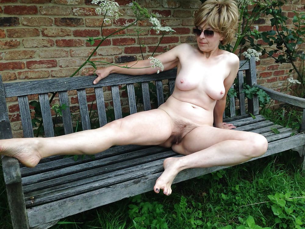 Busty Old Mature Naked Women