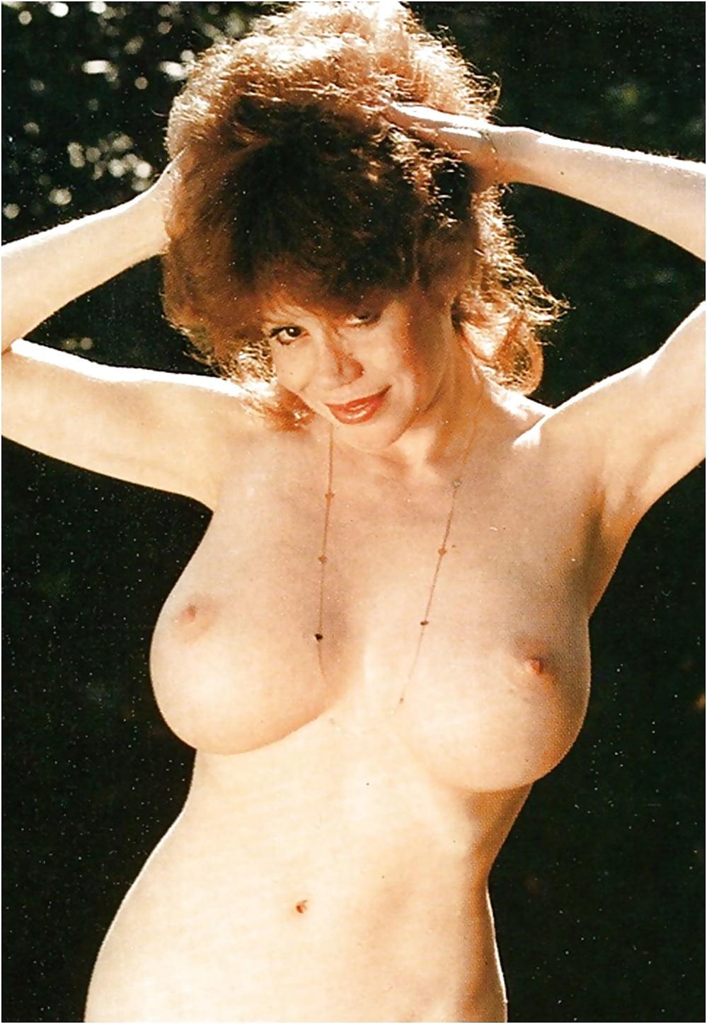 Kitten Natividad Hairy Nude