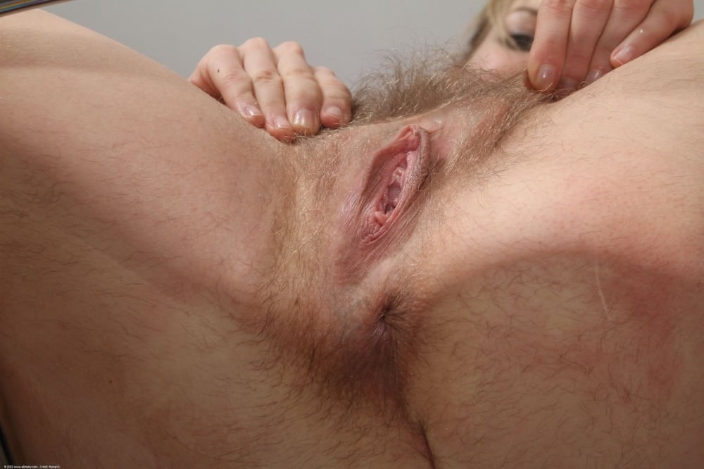 A decent hairy gape - 1 part 4