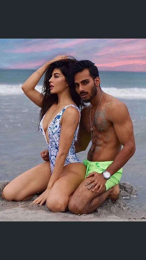 Top sexy bollywood movies-2825