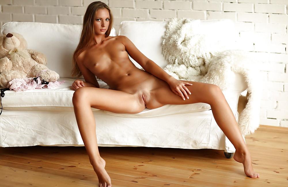 порно с очень красивой фигурой длинноногой явнокто-то