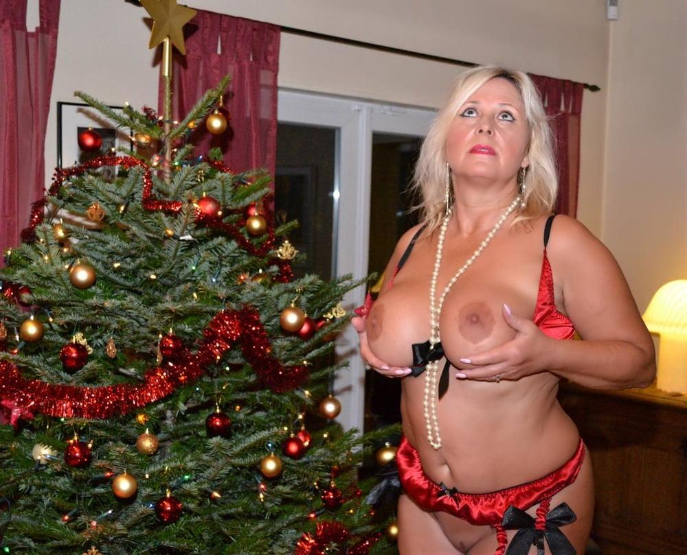 Christmas Nude