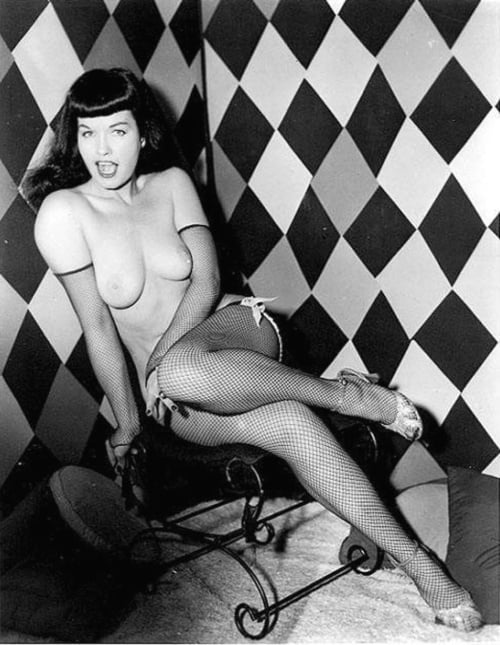 Bettie page tits — photo 7