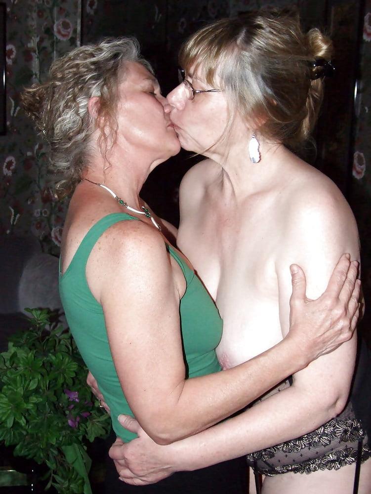 women for Mature lesbian