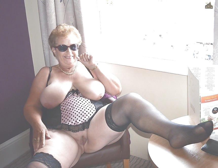 Demi lovato ass nude