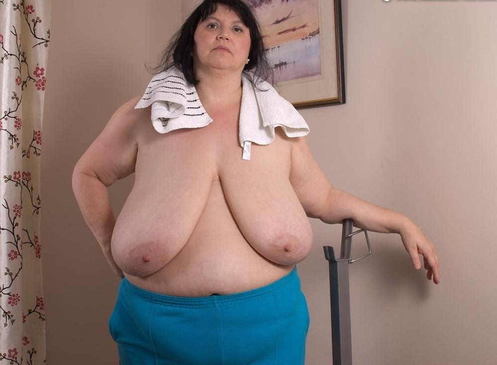 Silicone free mature boobs