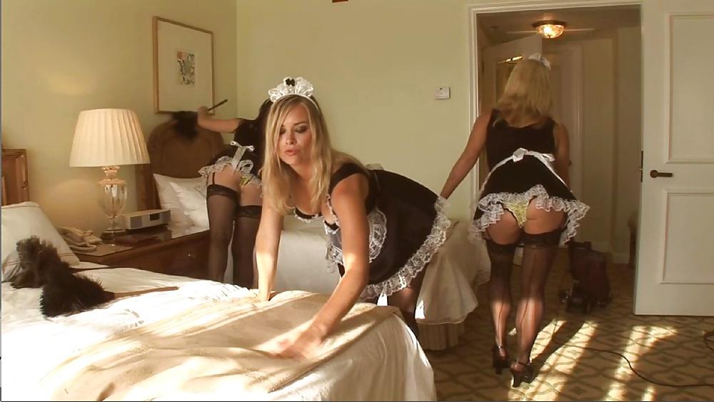 хозяйка лесбиянка трахает русскую служанку смотреть видео