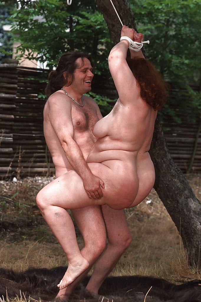 Rea men have hairy bodies