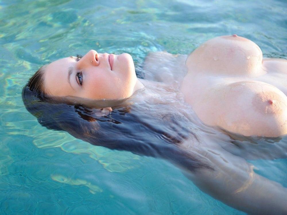 Swim models naked #2