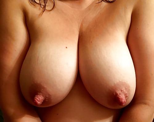 женская грудь длинные соски - 6