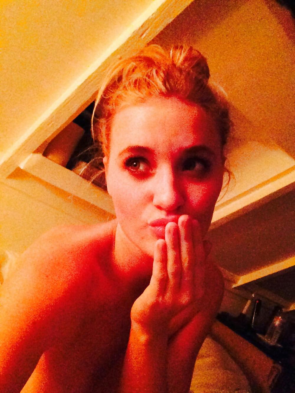 Amanda Michalka Sex amanda joy aj michalka leaked photo's - 16 pics - xhamster