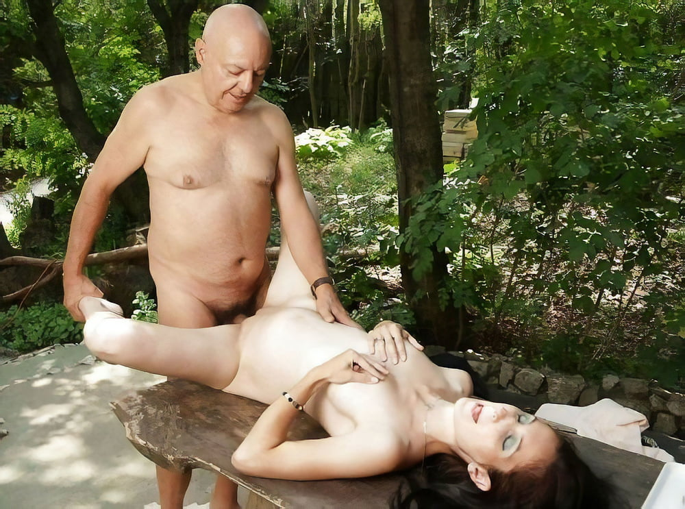 old-man-fucking-in-public