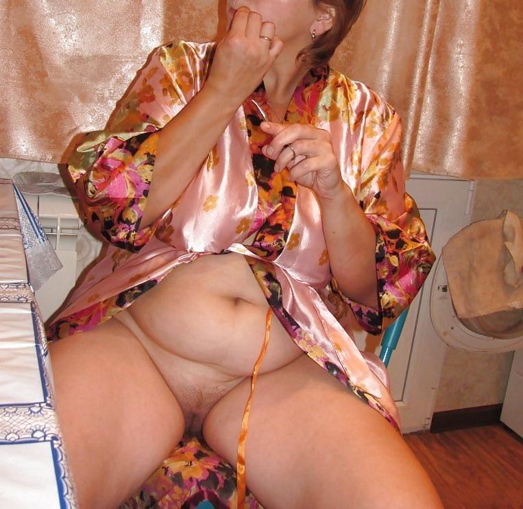 Порно женщин в халатике