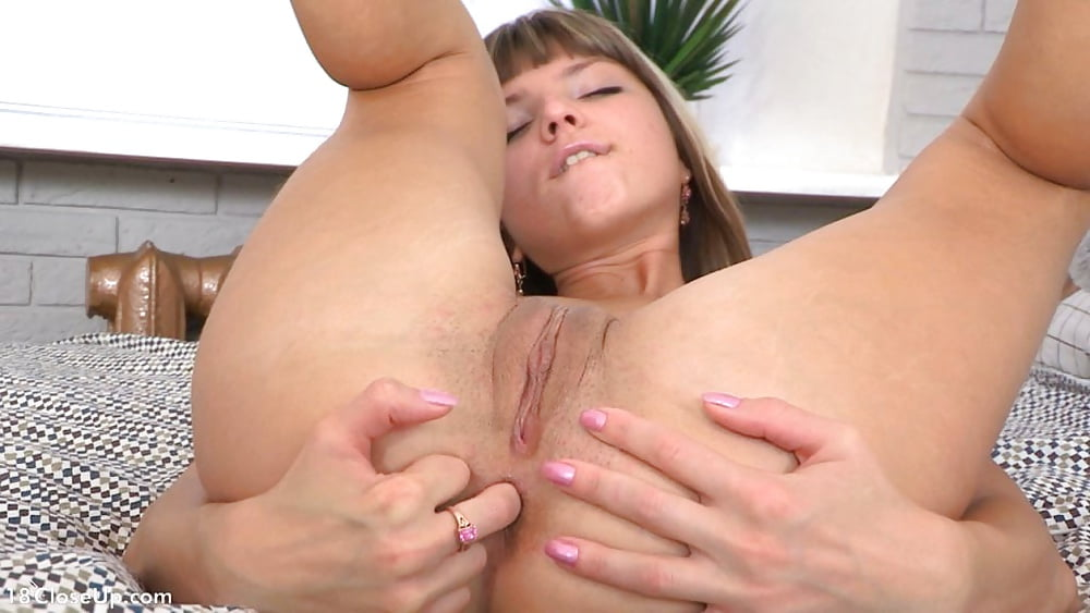 Gina Gerson 6