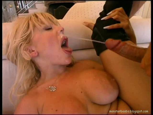 D'Errico  nackt Donna 41 Sexiest