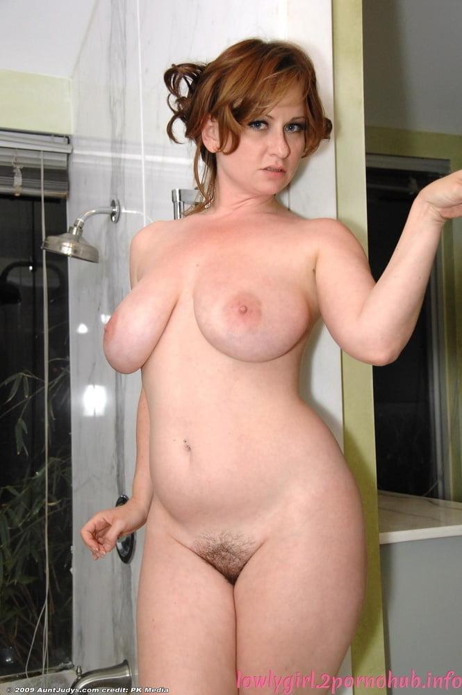 Beautiful babes naked pics-4400