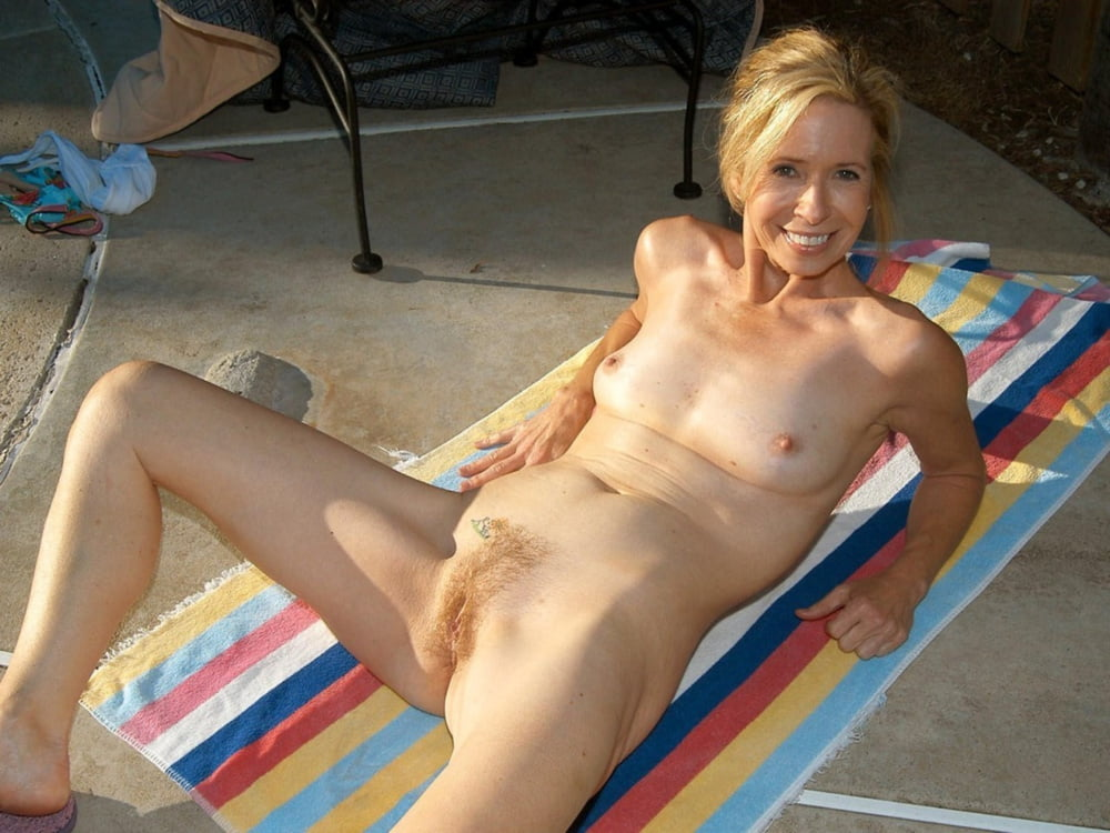 hot-nude-bad-amiture-nudes-naked-girl