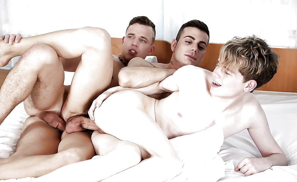 Bareback threesome between brandon, peter and duncan