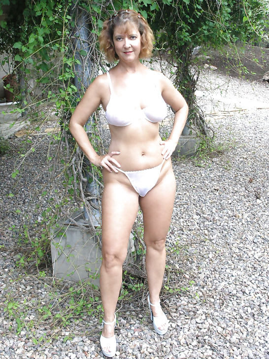 Granny in lingerie pictures