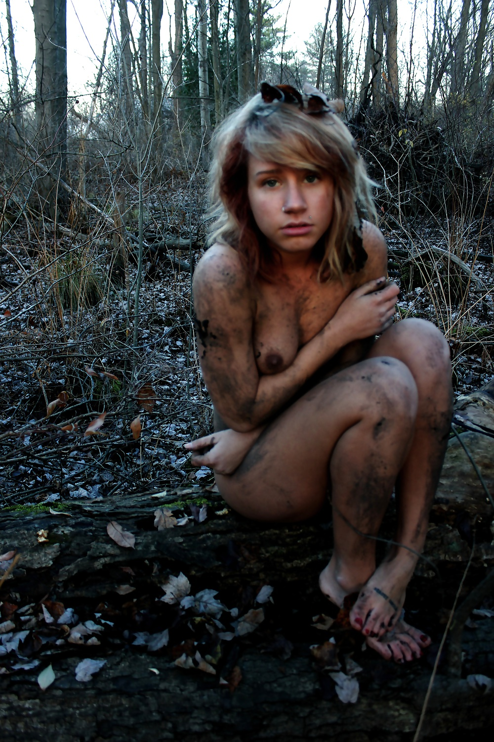 Young homeless girls nude — pic 5