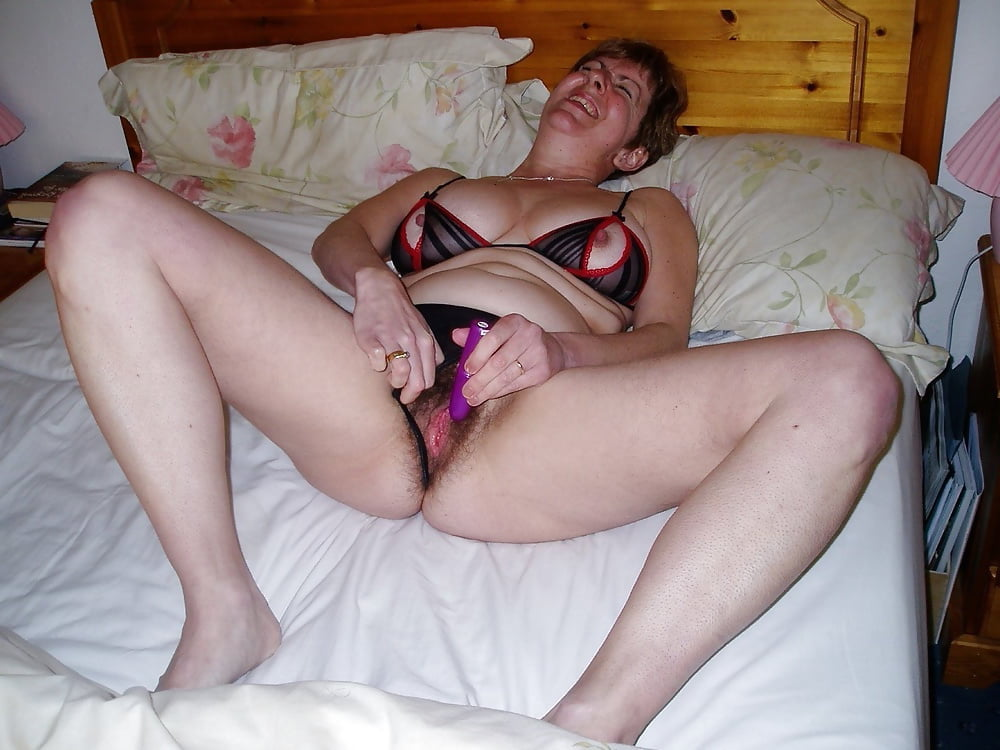 Busty milf orgasm-5324