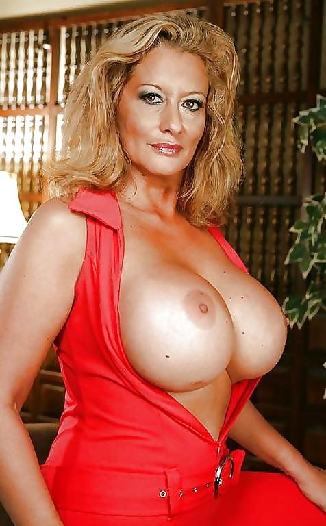 Big Boob Milf Pornstars Porn Stars Adult Performers