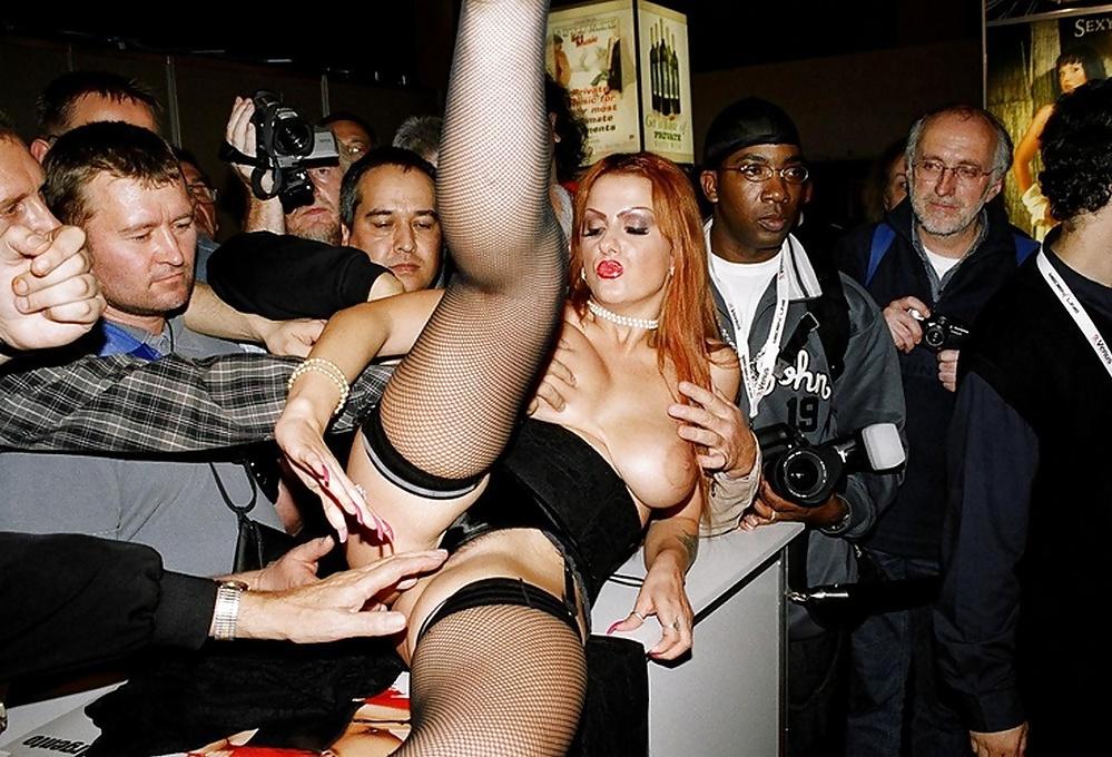 Sex live show porn and black