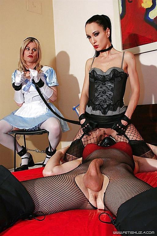 femdom-bondage-clothing