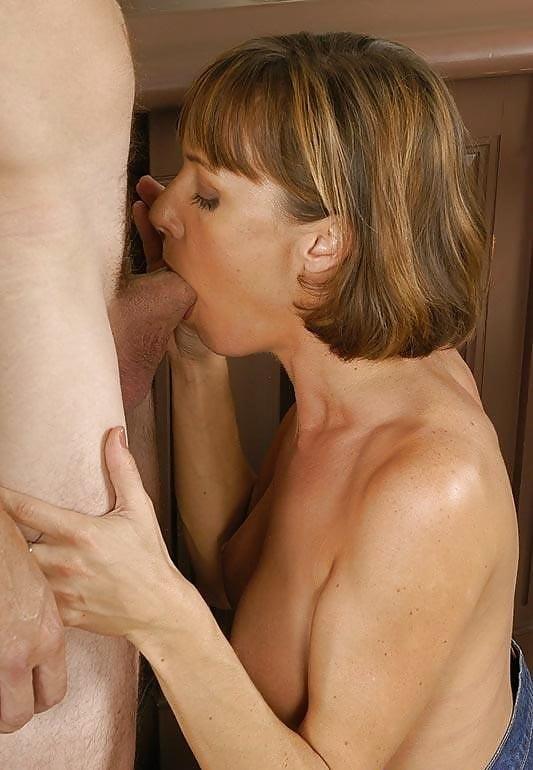 Saskia steele blow job