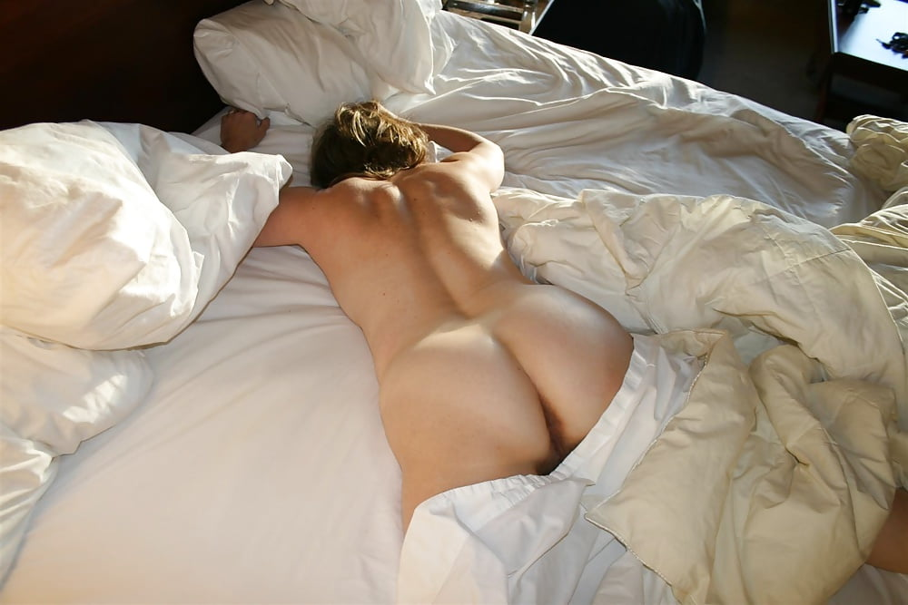 Sleeping naked picture, sex homemade free