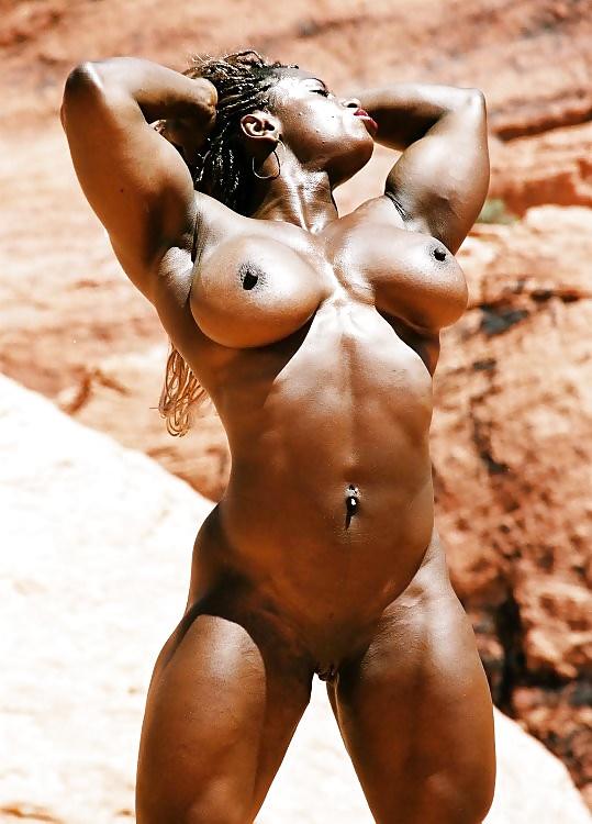 Muscle Girls Boobs Pics
