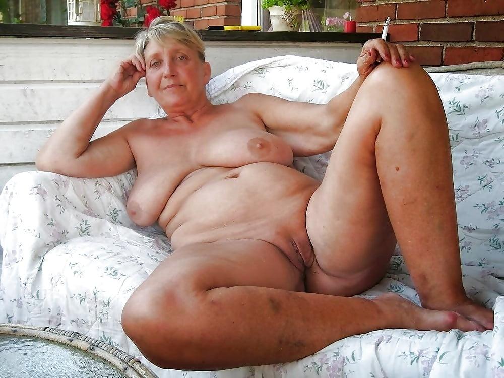 amateur-nude-granny-pics-brunette-babe-trailer