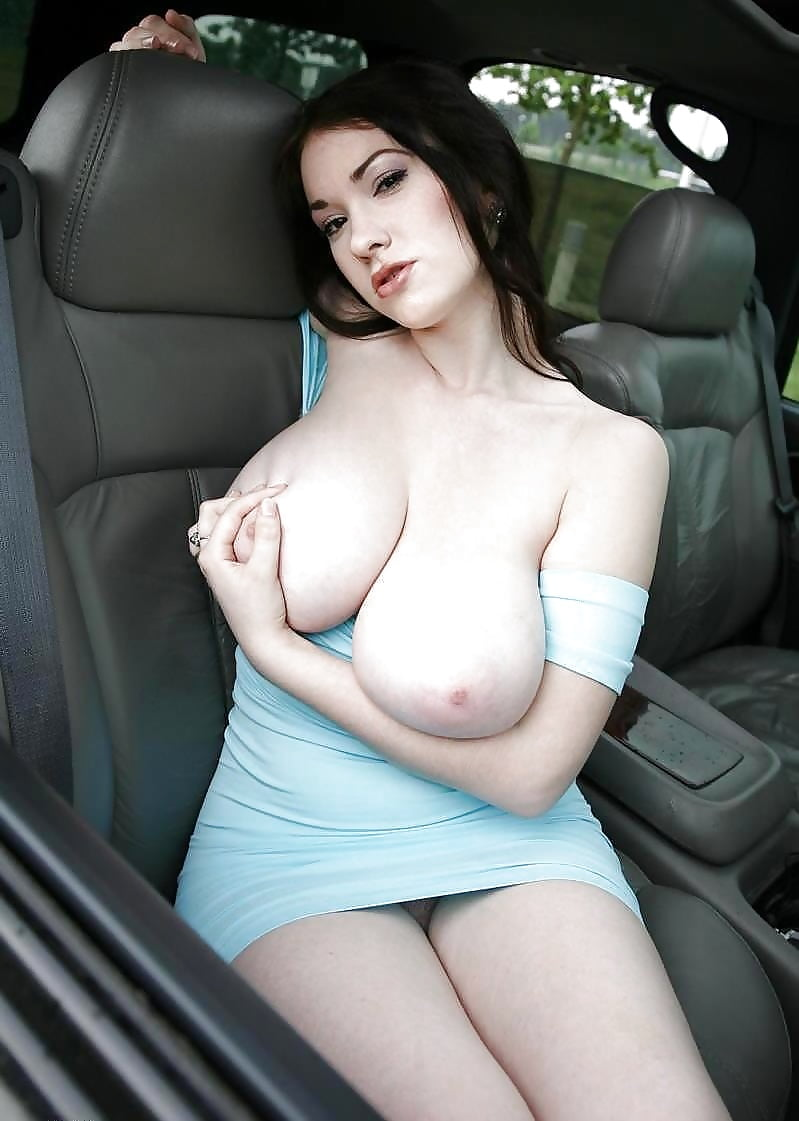 gul-panag-big-boobs