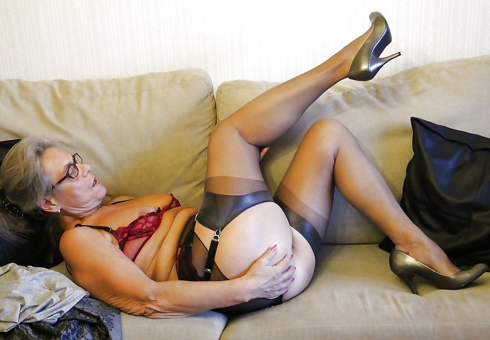 The search mature pantyhose