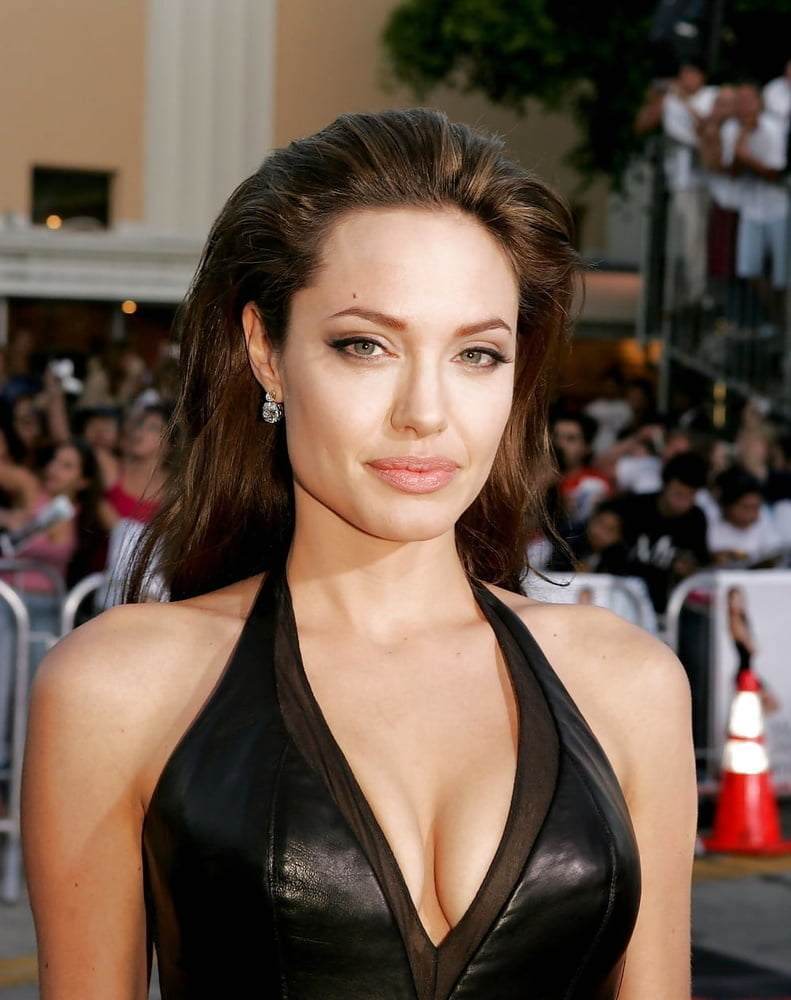 Angelina jolie the sexiest lips in the summertime