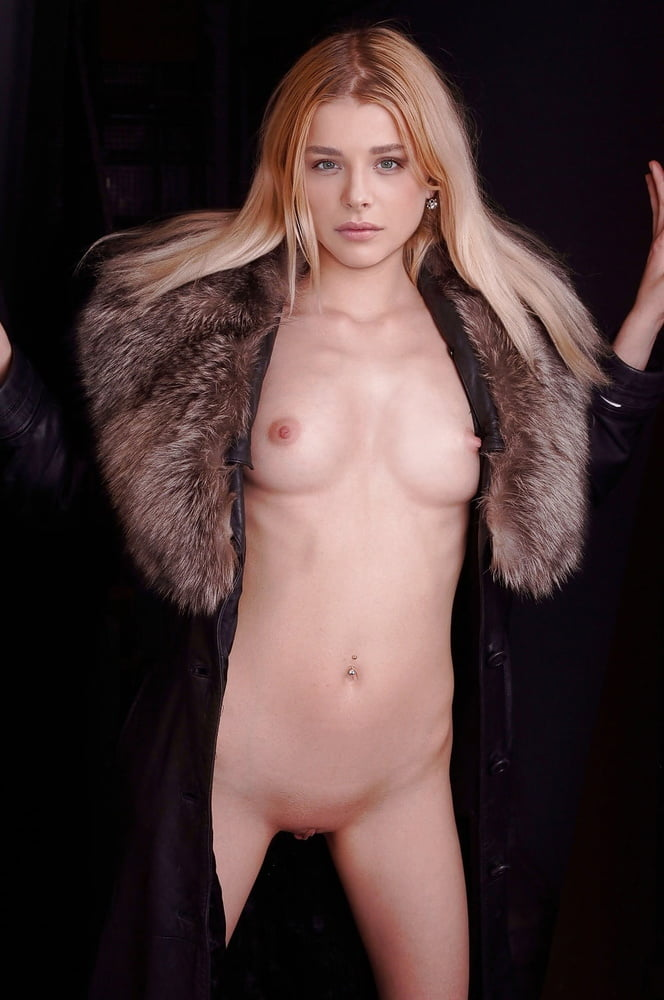 hot-nudes-of-chloe-moretz