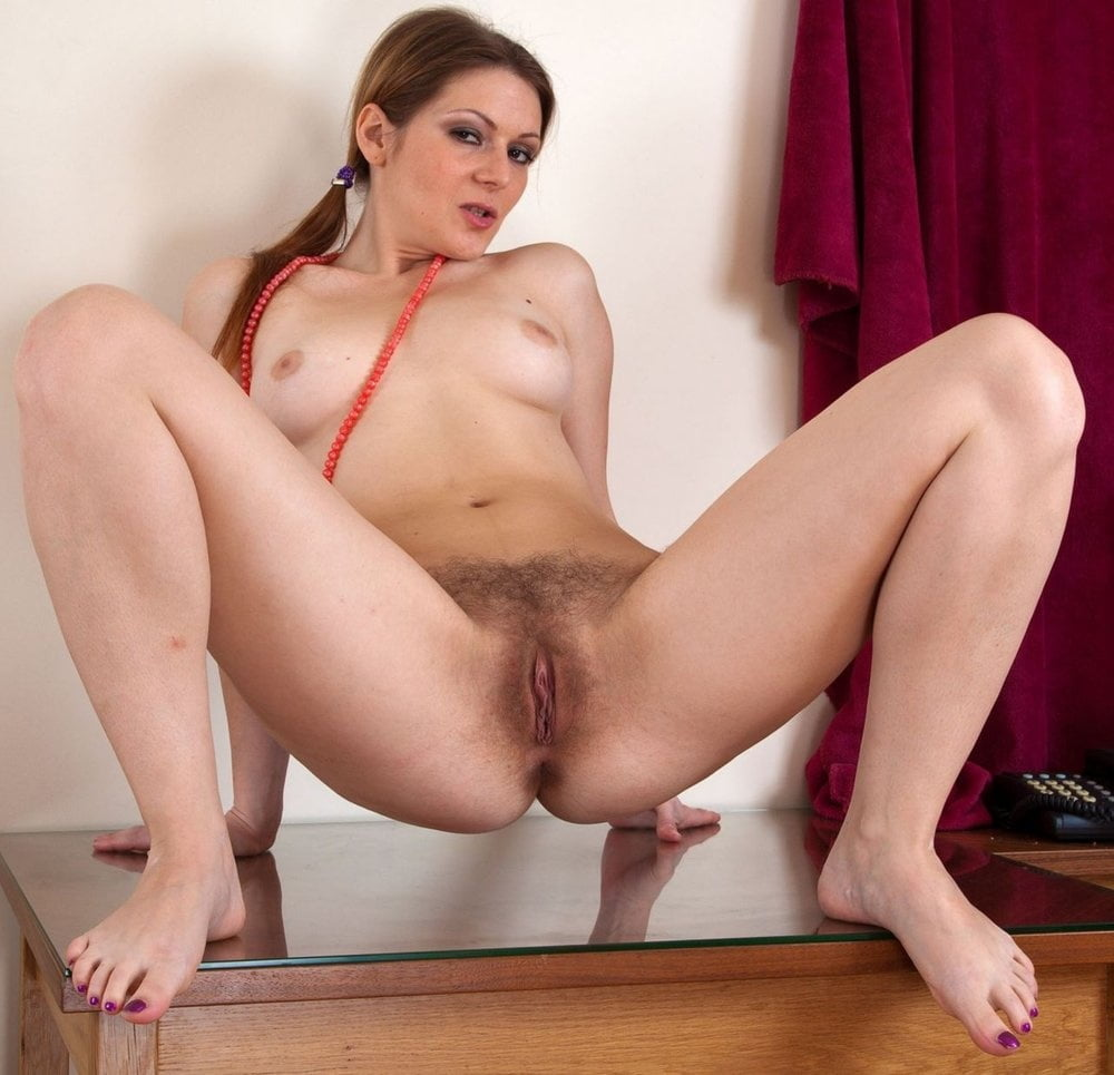 nude-squat-hairy-tube