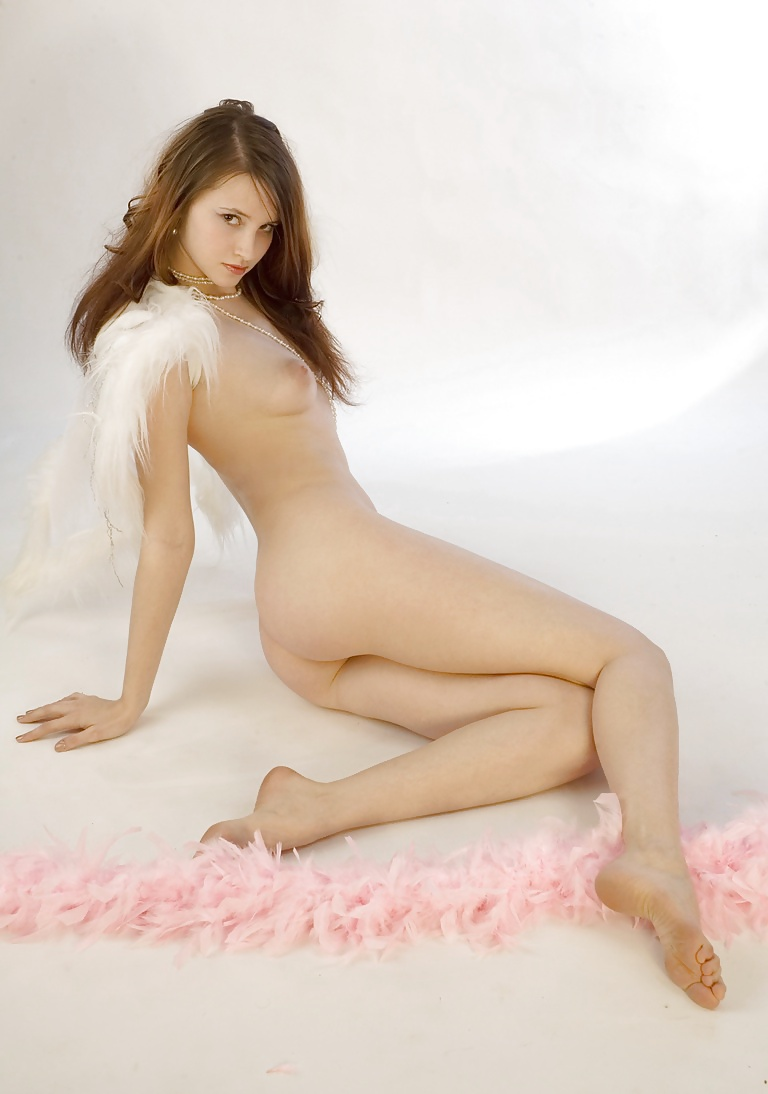 nude-charming-angels