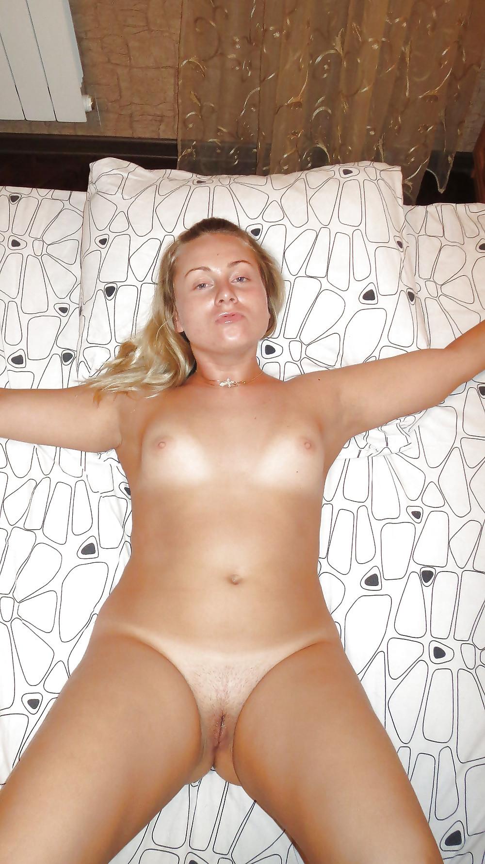 Порно новосибирска женщина познакомится, фото и видео уже взрослые и совсем голые