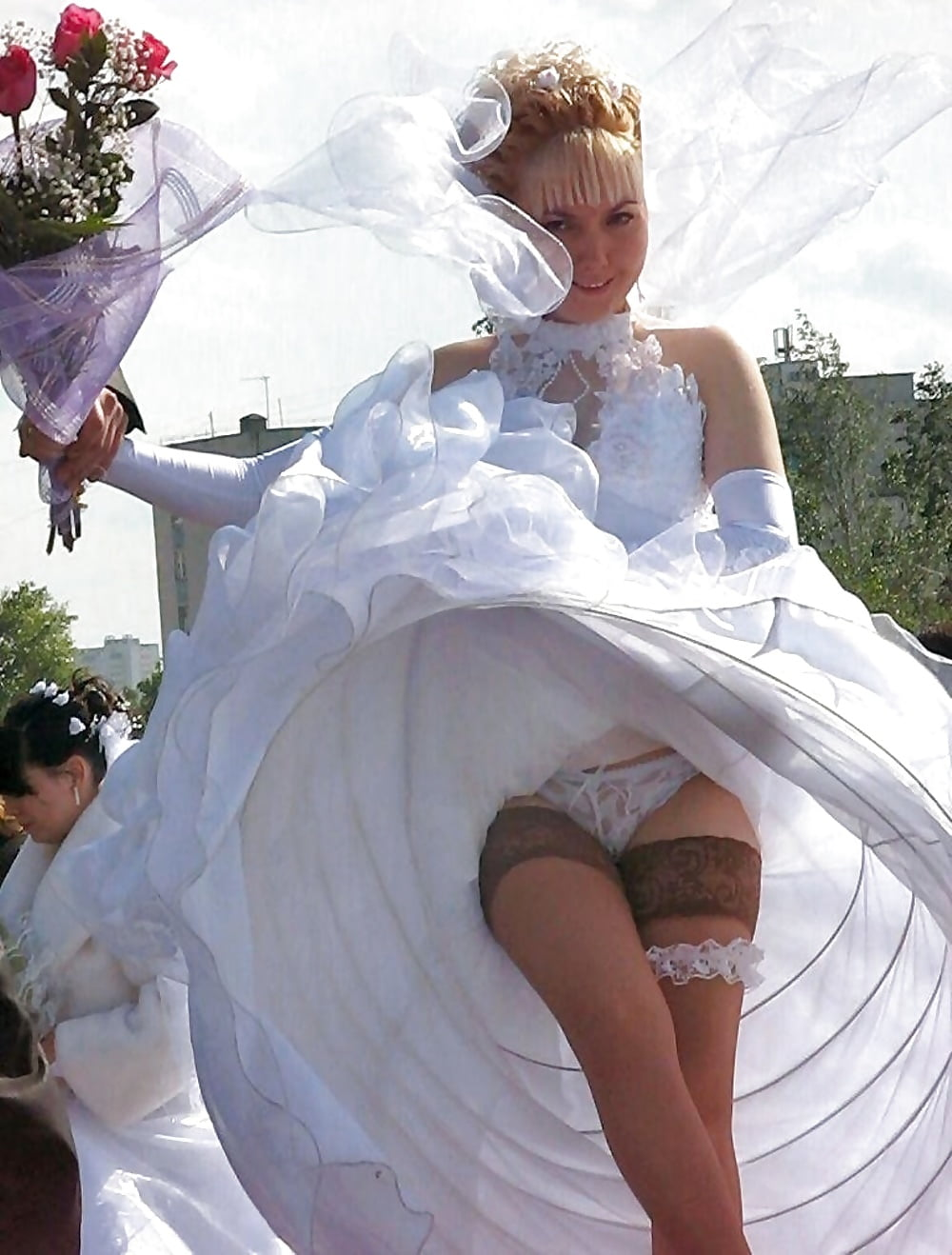 Bride Nude Wedding Dress