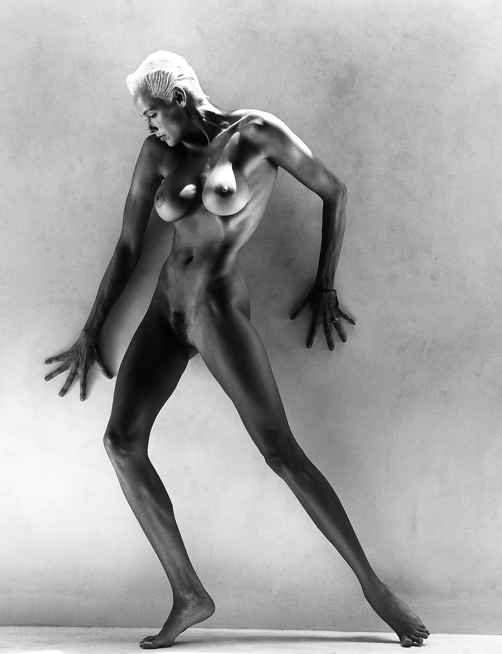 Sexy brigitte nielsen naked pics out after facial