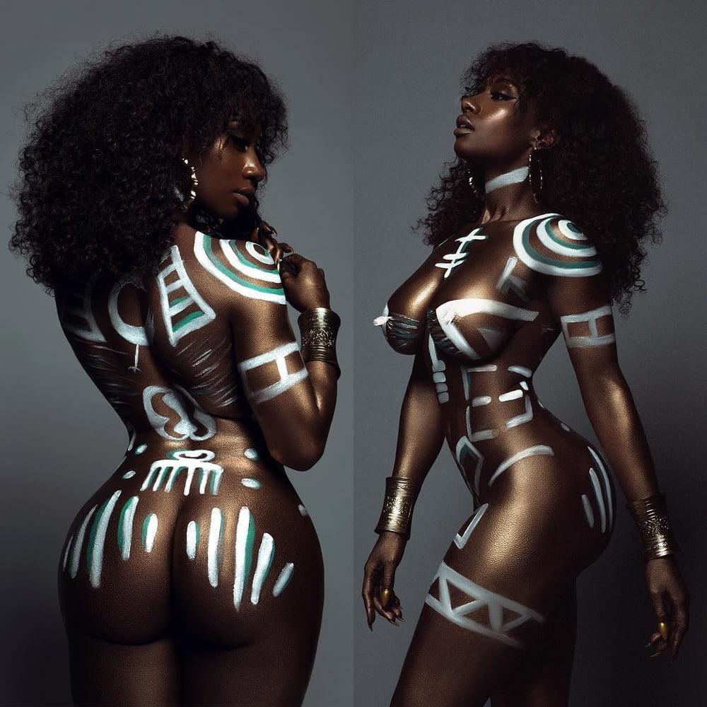 Nice selesction of my favorite BLACK BEAUTY pics - 44 Pics