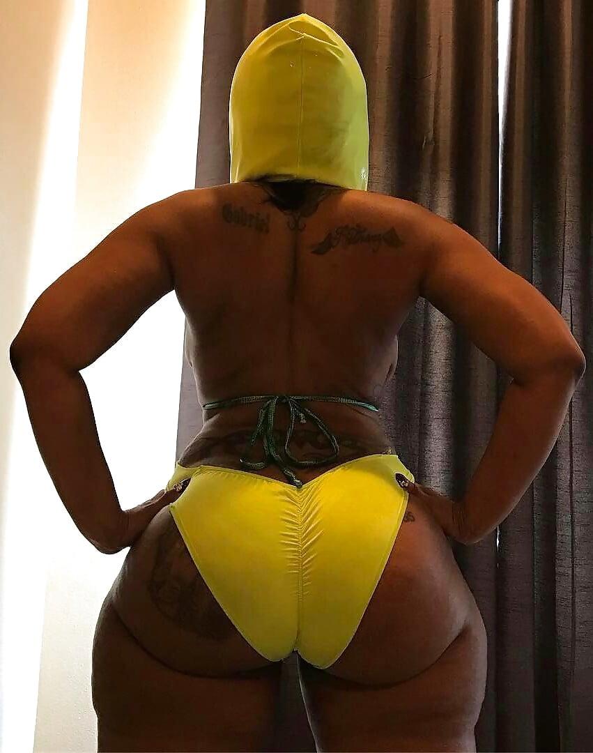 God damn that's a big fat ass