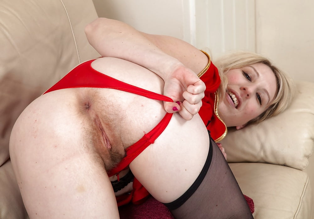 Mature hairy blonde nudes-7598